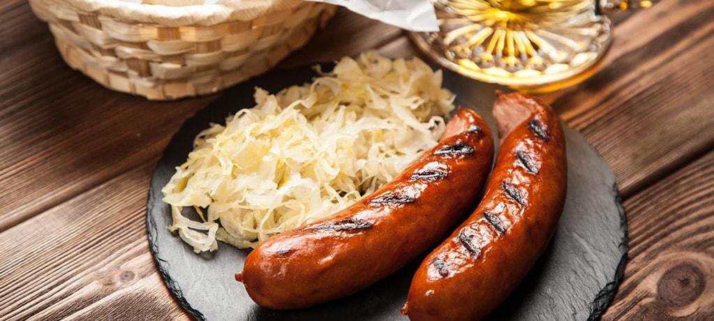 Кислая капуста с колбасками «Sauerkraut»
